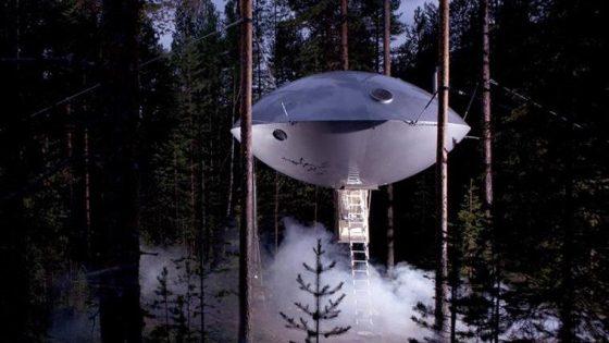 UFO hotel suite