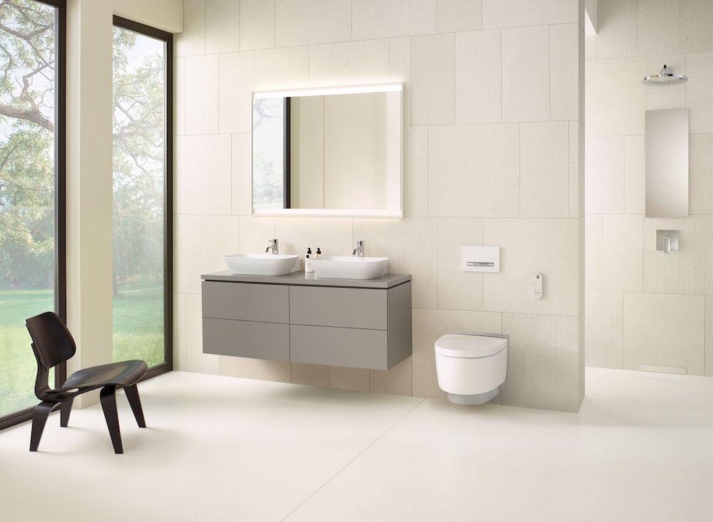 Light and bright modern bathroom