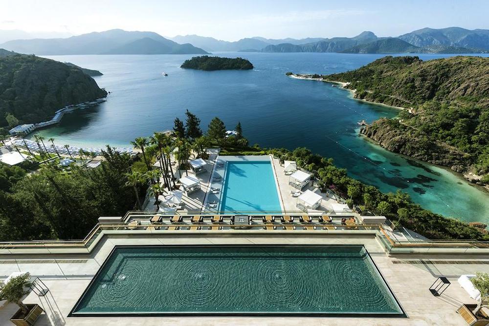 Image of pool overlooking sea at D-Maris in Turkey