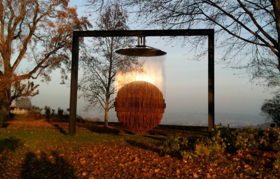 Image caption: Ettienne Bing Bang sculpture.