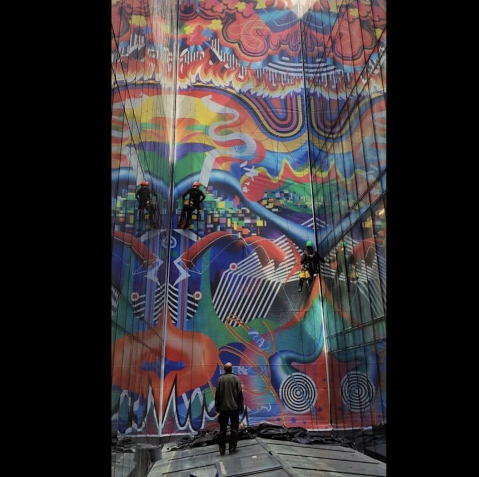 Image credit: Hard Rock Hotel Budapest, Liquid Music mural installation