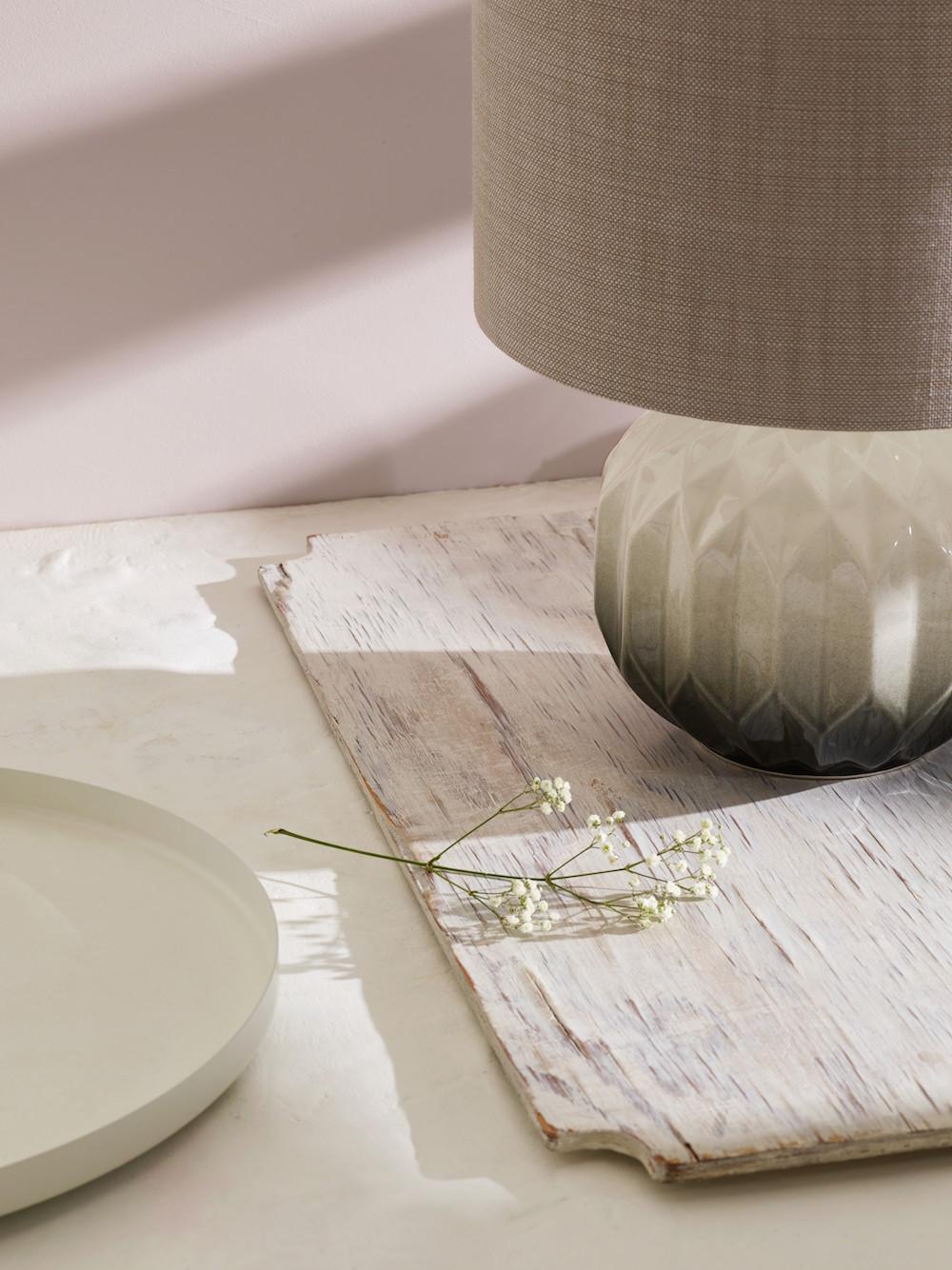 04. Heathfield & Co Laurel Table Lamp