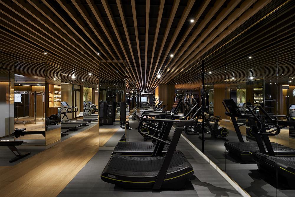 The large gym at 45 Park Lane