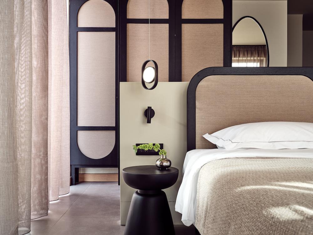 Pastel colour scheme in luxury hotel guestroom