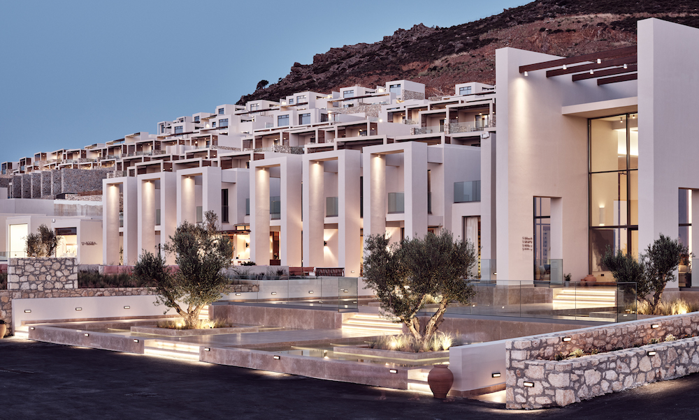 Villas and guestrooms at the Crete hotel