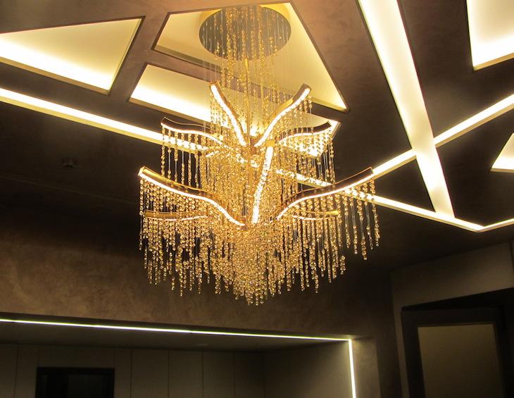 Rainfall chandelier