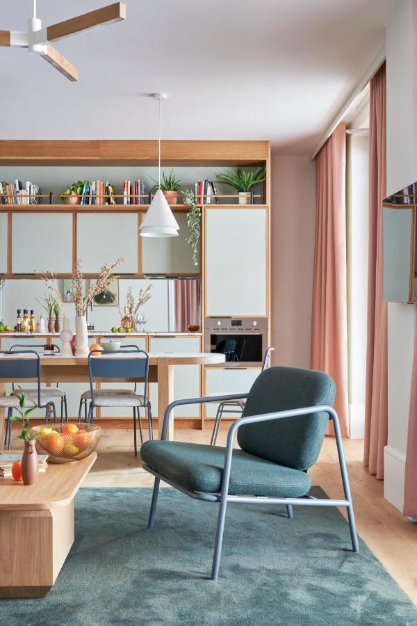 Hotel design | A contemporary living room inside Turing Locke