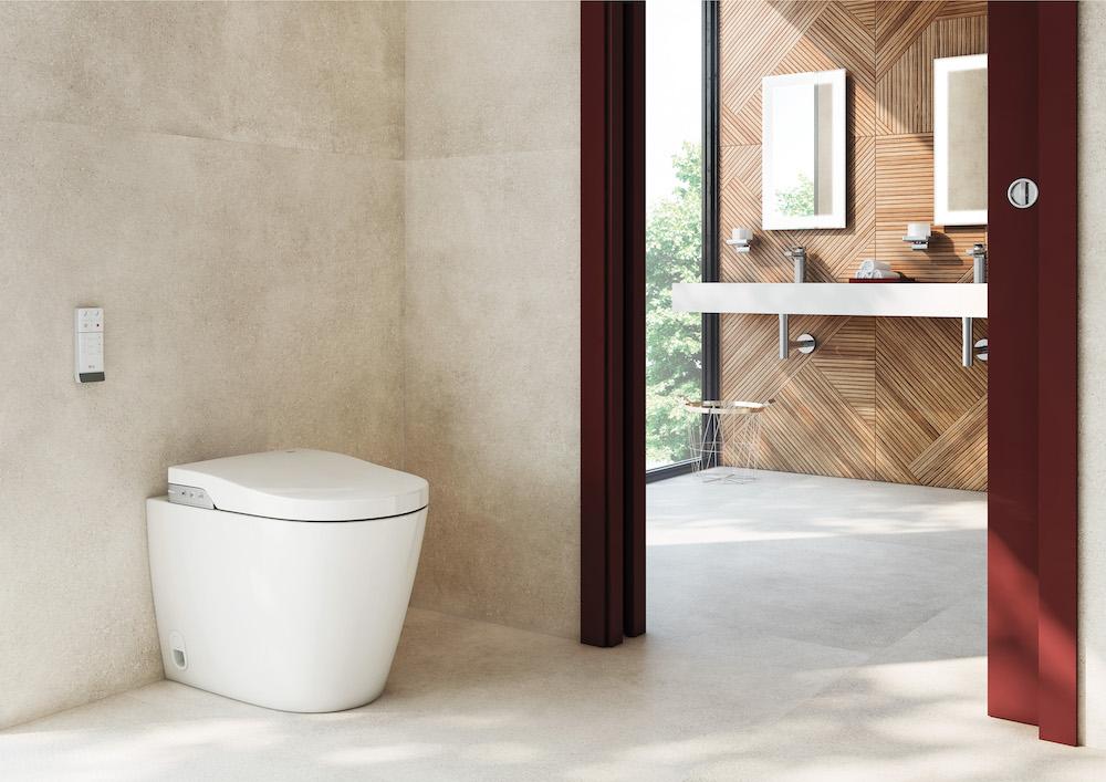 Contemporary bathroom In-Wash In-Tank (ROCA)